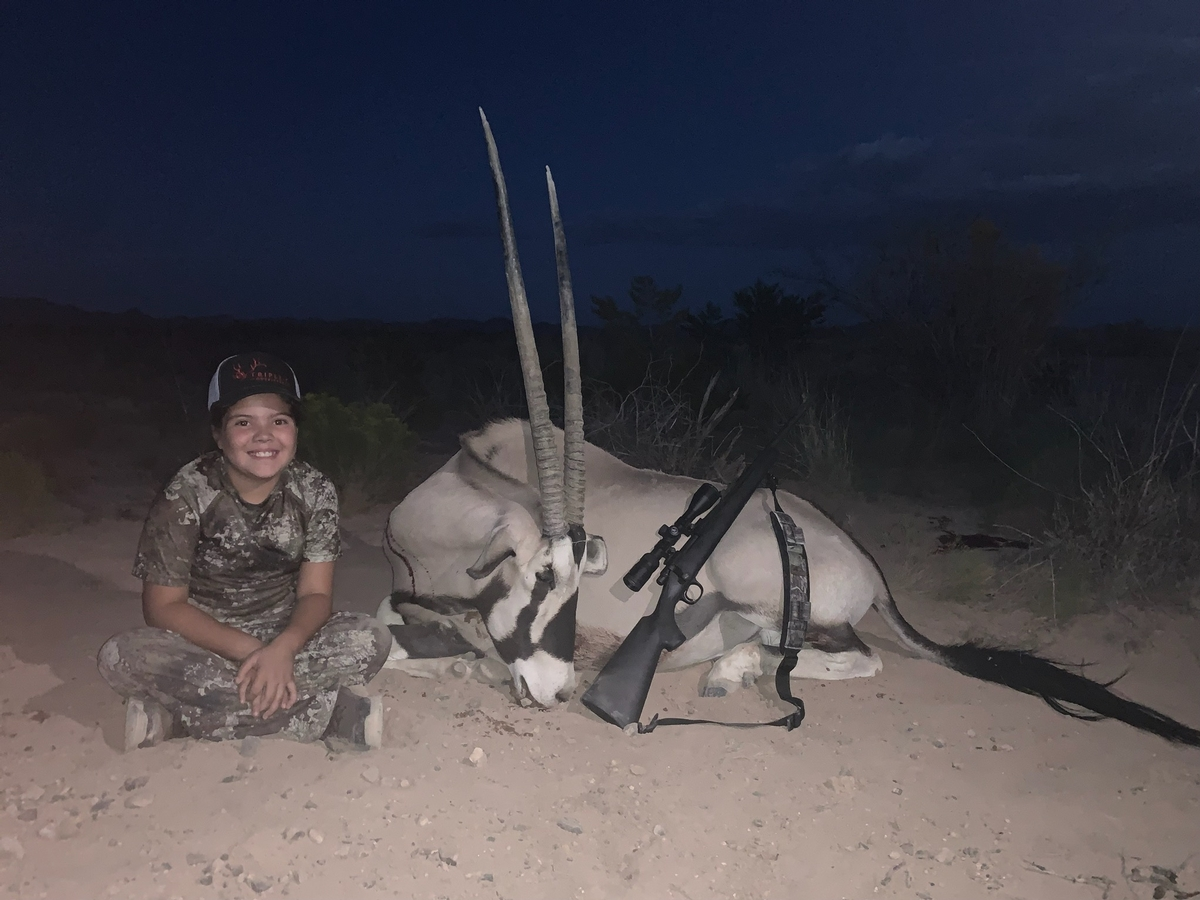 Ready To Book Your Oryx Hunt?